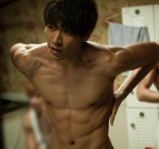 Model-actor Kim Young Kwang from the 2012 movie, Runway Cop. / Chosun News