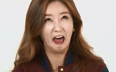 APink's Bomi (Silly photos)/ Pann