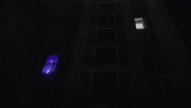 Image: f(x) light stick shining brightly as soon from outside an apartment / Instiz