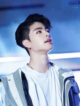 iKon's Junhoe (Male idols born in 1997)/ Pann