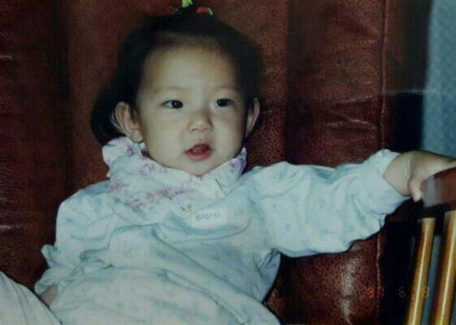 CLC's Yujin (Childhood photo)/ Dispatch