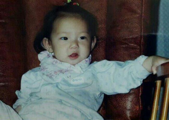 CLC's Yujin (Childhood photo)/ Dispatch