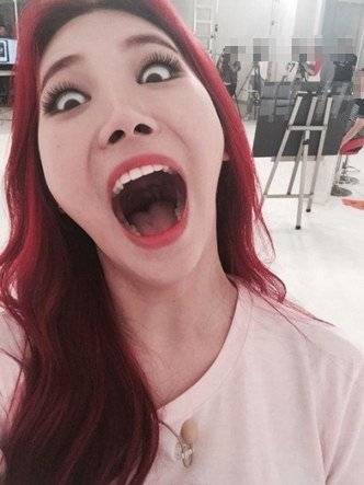 Girls' Day Yura(Silly photos)/ Pann