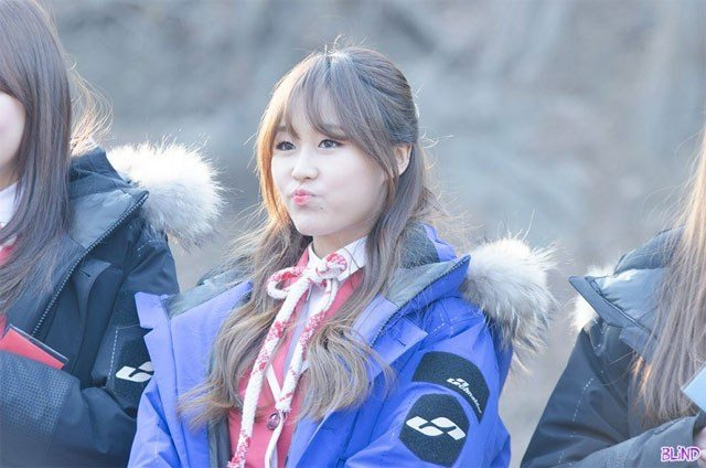 Lovelyz Baby Soul- Eldest members that look like makanes/ Pann