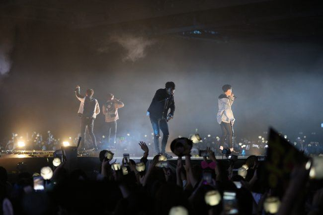 Image: BEAST performing at Beautiful Night Special Fan Meeting in Hong Kong 2016  / Freez Ltd and Cube Entertainment