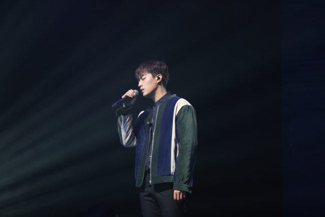 Image: Doojoon performing at Beautiful Night Special Fan Meeting in Hong Kong 2016  / Freez Ltd and Cube Entertainment