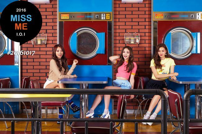 I.O.I members Nayoung, Kyeolkyung (Zhou Jieqiong), and Doyeon / Image Source: YMC Entertainment