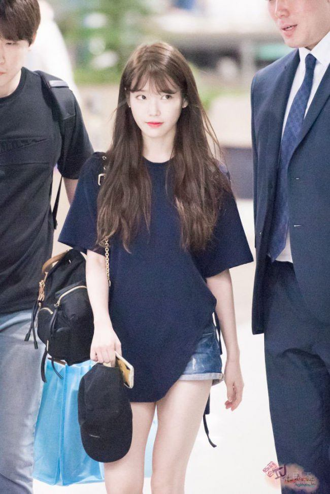 Iu Spotted With New Hairstyle For The First Time At Suzys Fan