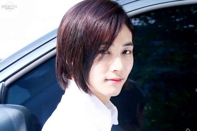 jeonghan2