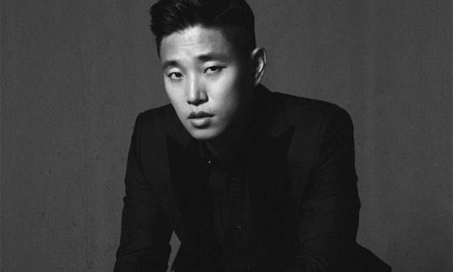 "Gary of Leessang debuted as a solo artist in 2014 with ""Shower Later"""