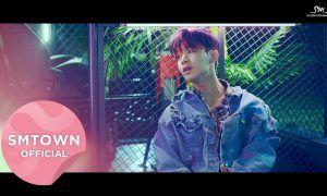 """Henry in """"Runnin'""""/ SM Entertainment"""