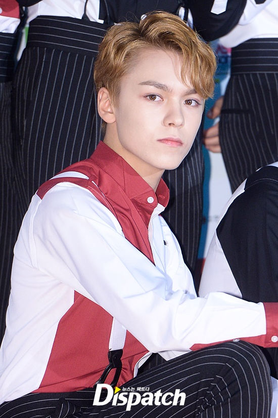 Blonde Versus Black Fans Are In Awe With Vernon And