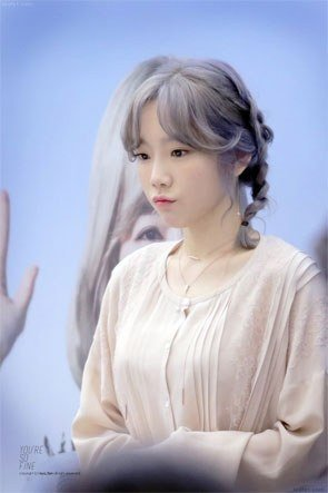 SNSD Taeyeon- Eldest members that look like makanes/ Pann
