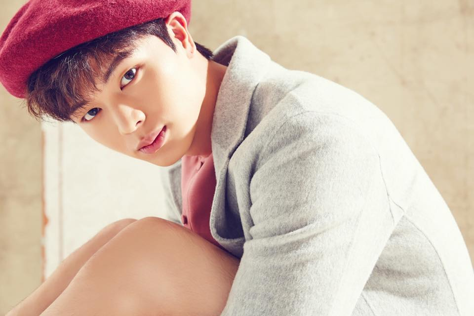 Yook Sungjae's cute charm has fans swooning