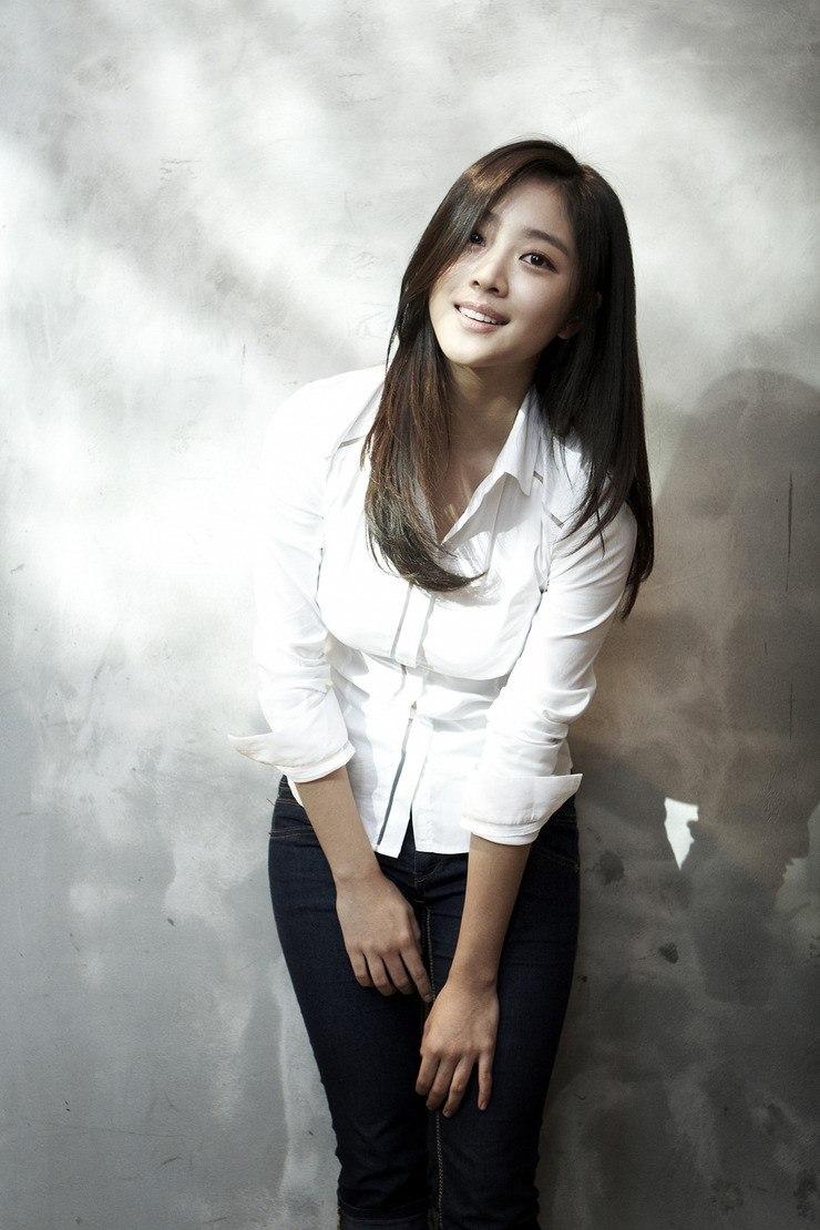 Jo Bo Ah Boyfriend 2020: Dating History & Exes | CelebsCouples