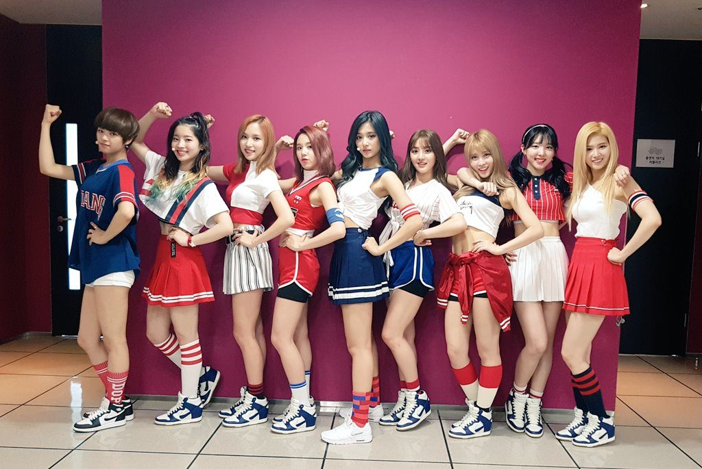 twice-tennis-skirts