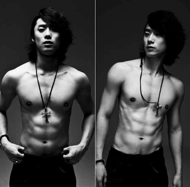 yongjun-shirtless