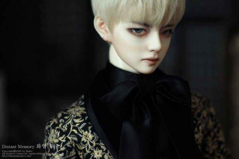 this doll looks exactly like bts s v