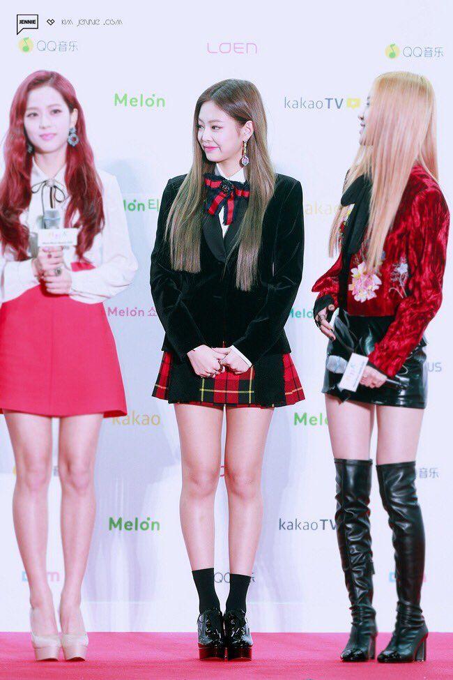 Blackpink Jennie S Short Skirt Leaves Audience Shocked