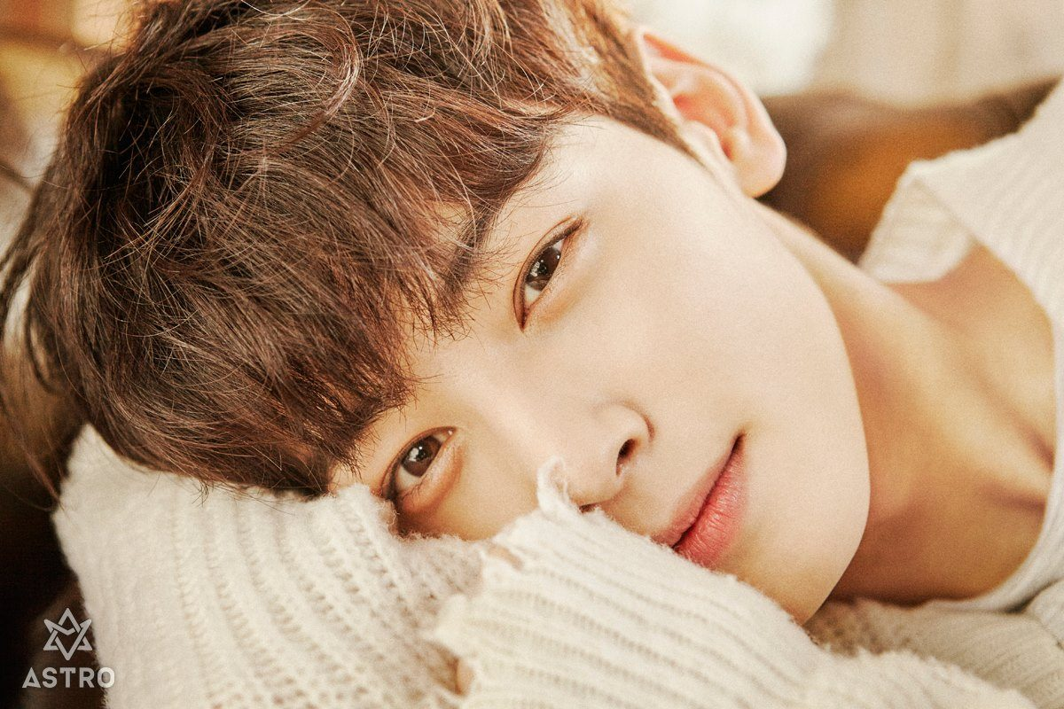 kpop-astro-cha-eunwoo-bcm-profile-crush-main