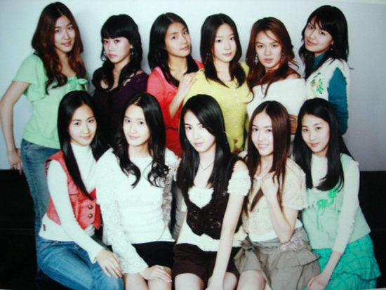 SNSD before debut; Stella is on the bottom row in the middle