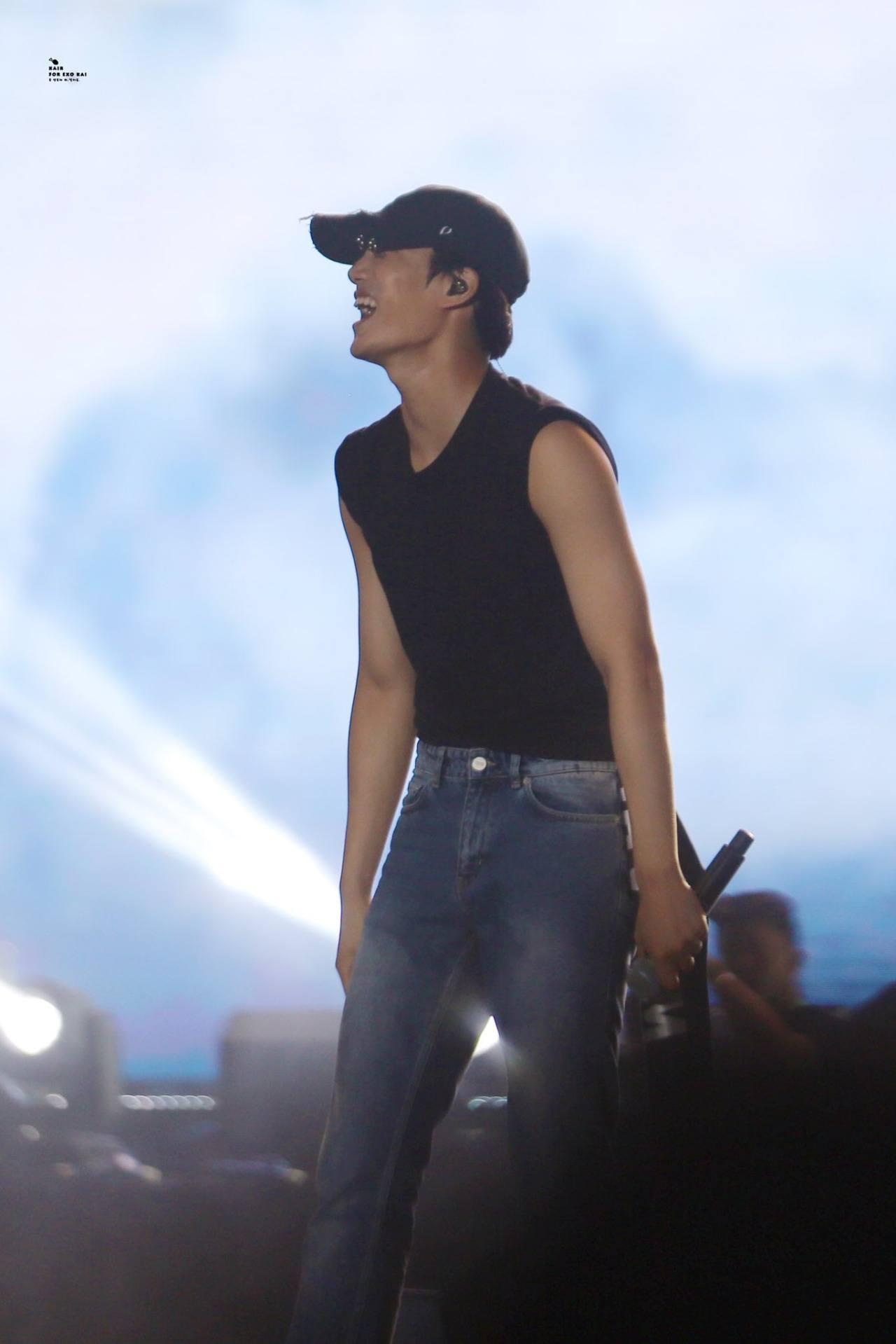 exo kais sudden muscular transformation shocks fans