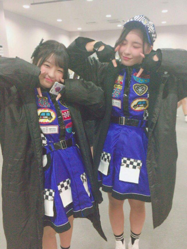 Twices TT hand pose goes viral in Japan   allkpop Forums