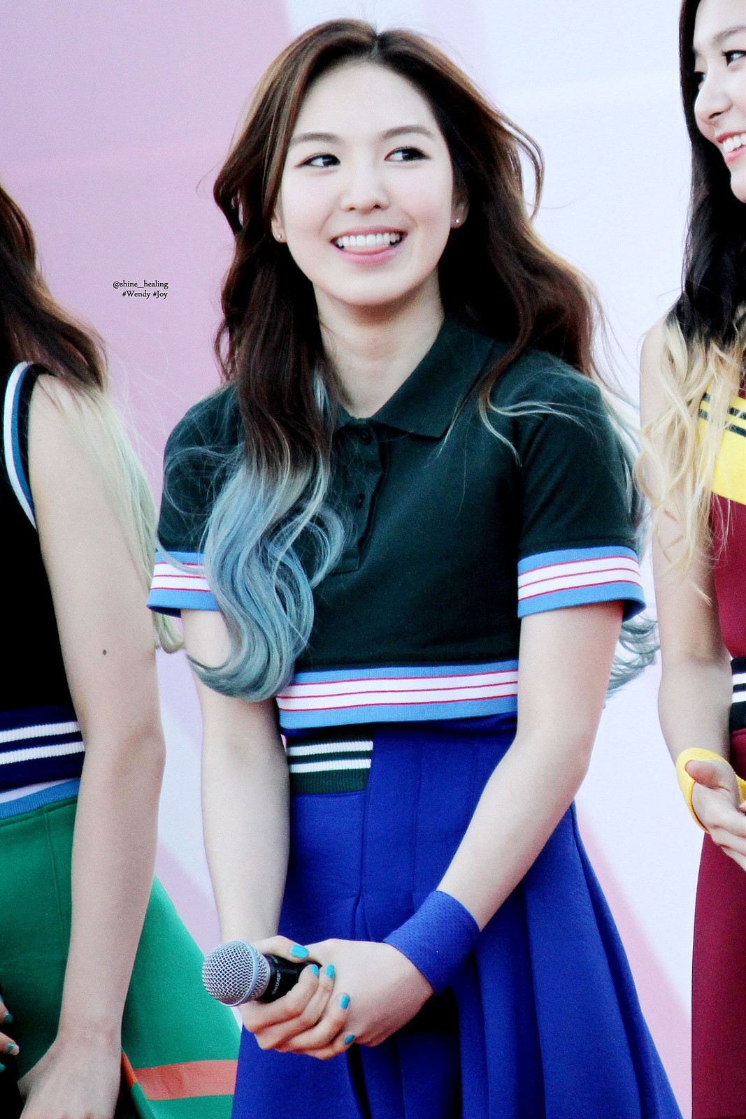 wendy-blue-hair
