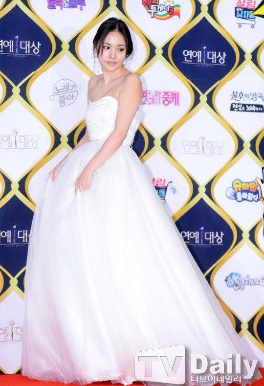 hyo rin dating taeyang hair