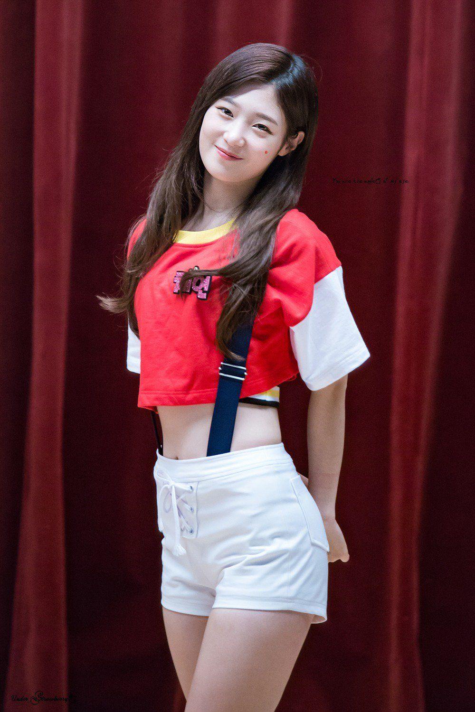 Chaeyeon waist-1