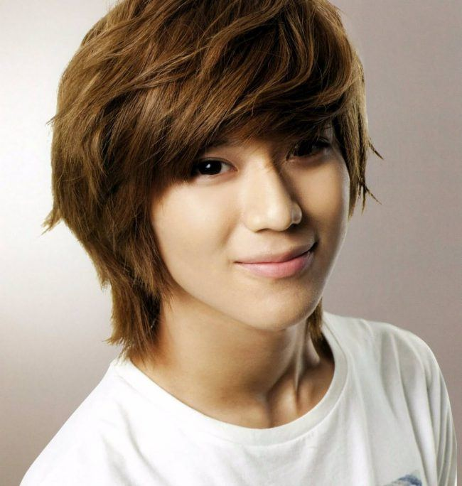 Innocent looking Taemin from SHINee also had the shaggy cut.