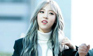 moonbyul-silver-hair