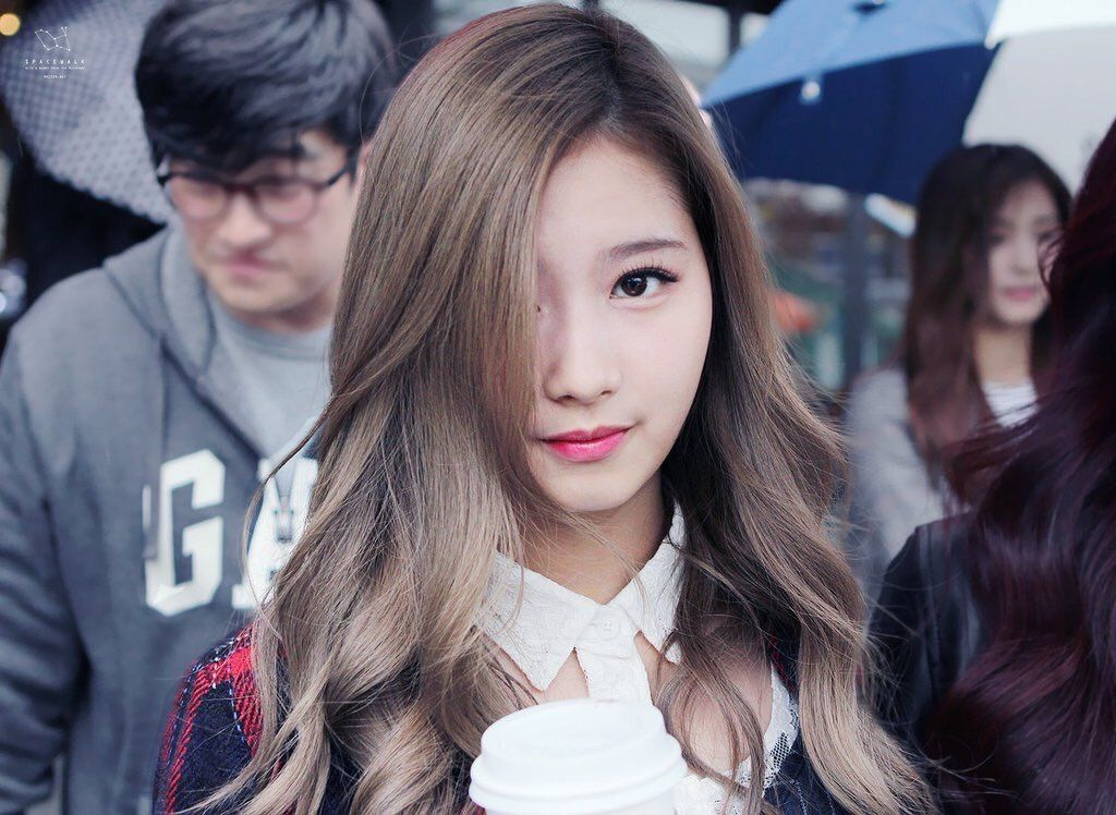 10 Times Sana Changed Her Hair Color Since Debut