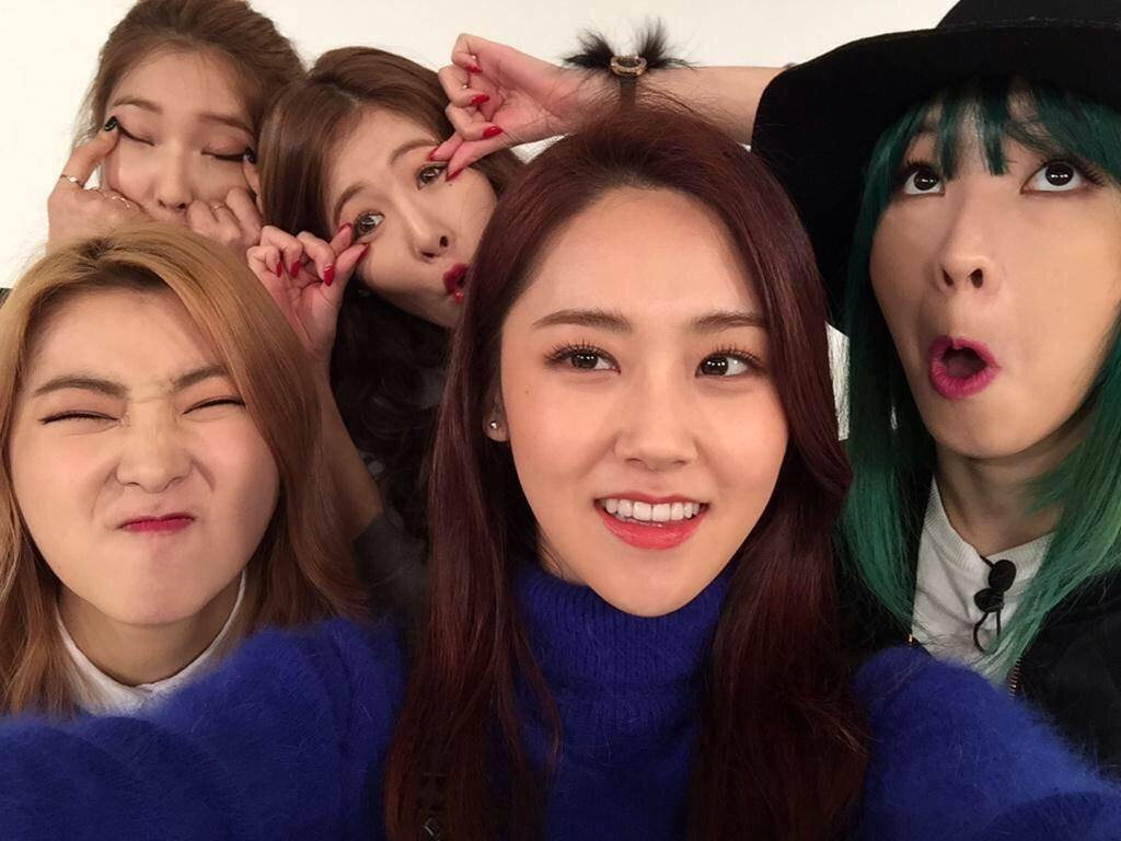 4Minute-Weekly-Idol