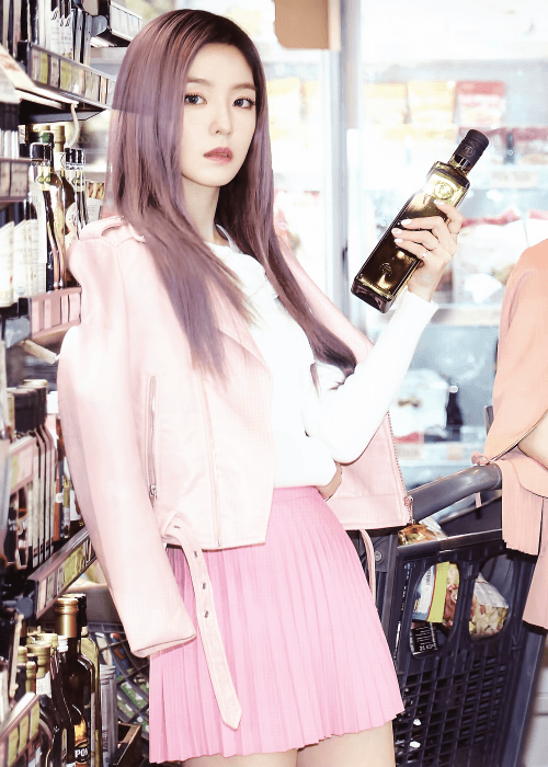 Only Irene could look this good modeling with olive oil