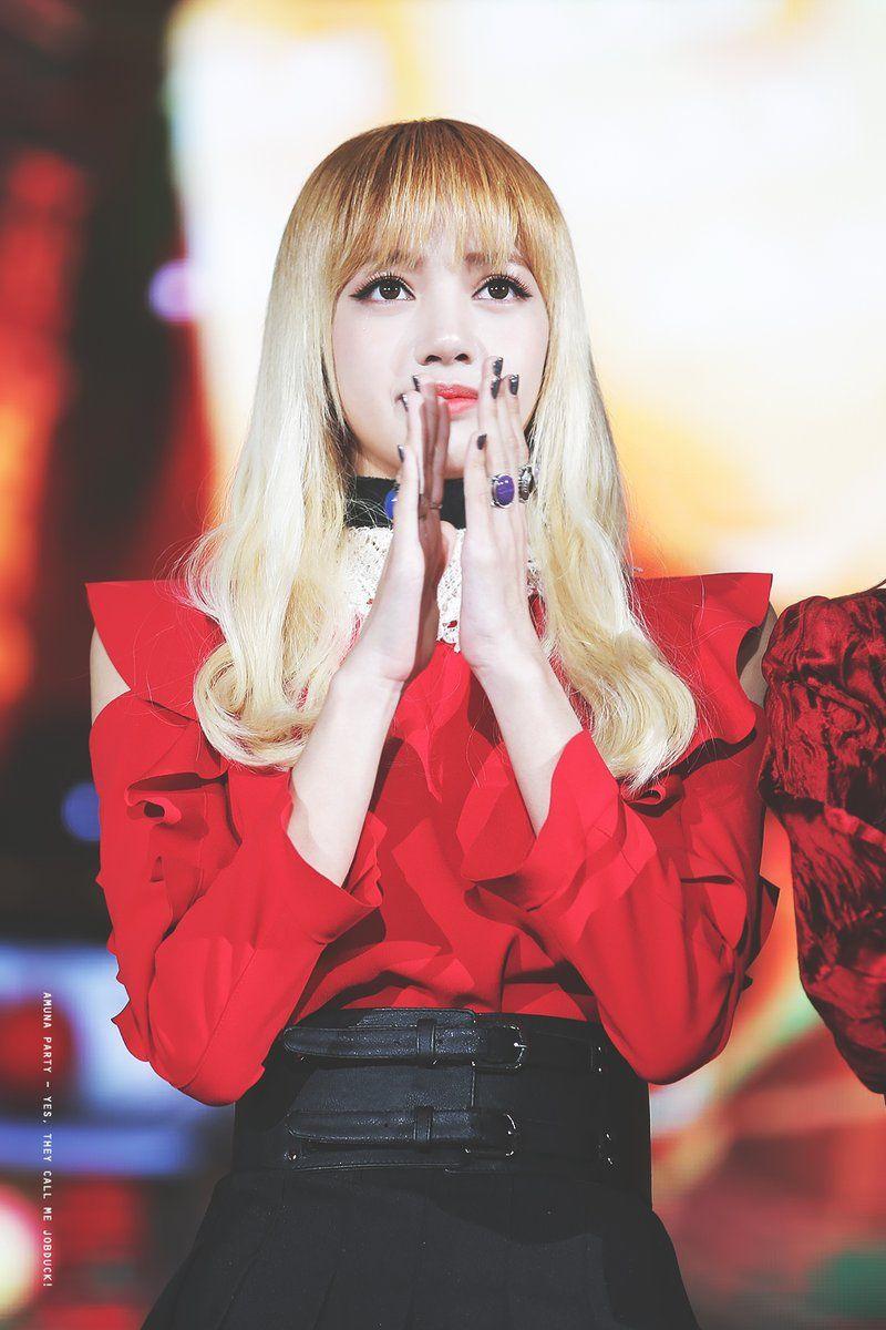 Lisa-Black-Pink