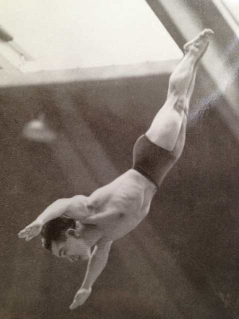 Dr. Sammy Lee with his flawless dive.
