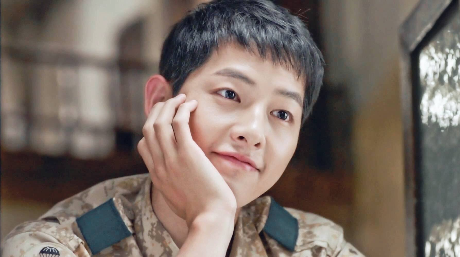 Song Joong-ki in Descendants of The Sun