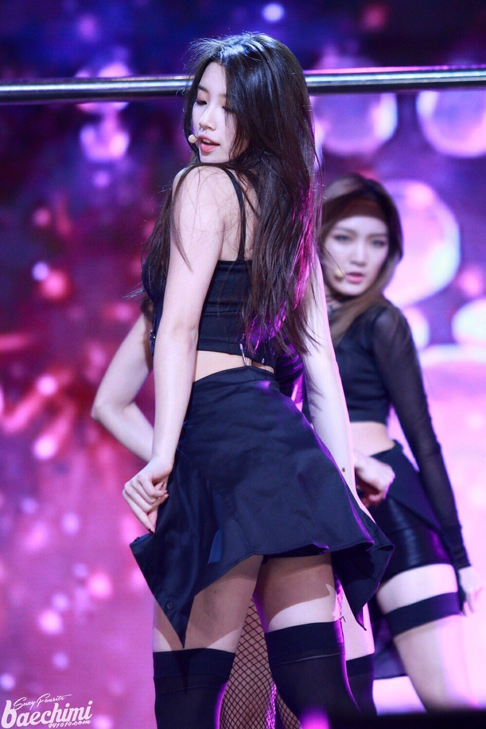 """Suzy made a sexy transformation for miss A's """"Hush"""""""