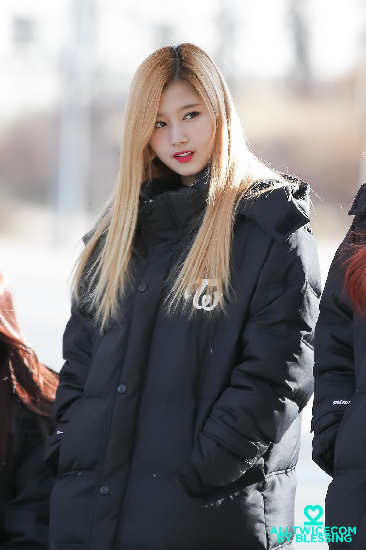 12 Outfits Prove TWICE Sana Is The Most Stylish Idol This ...