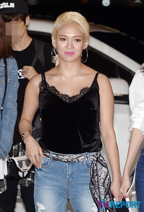 Dancing Queen Hyoyeon is currently preparing for her solo!