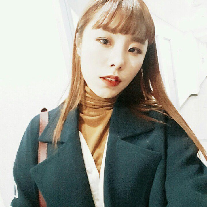 5 Photos of MAMAMOO's Wheein That Will Make You Buy a ...