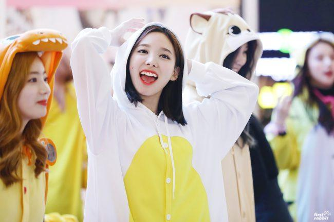 Twice Wear The Most Adorable Costumes At Recent Fansign