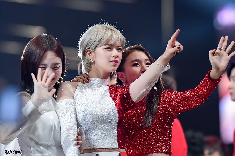 Chaeyoung and Jeongyeon are perfect together. / Source: 동인천급행