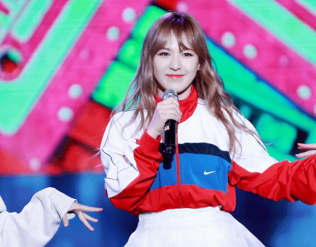 Wendy singing