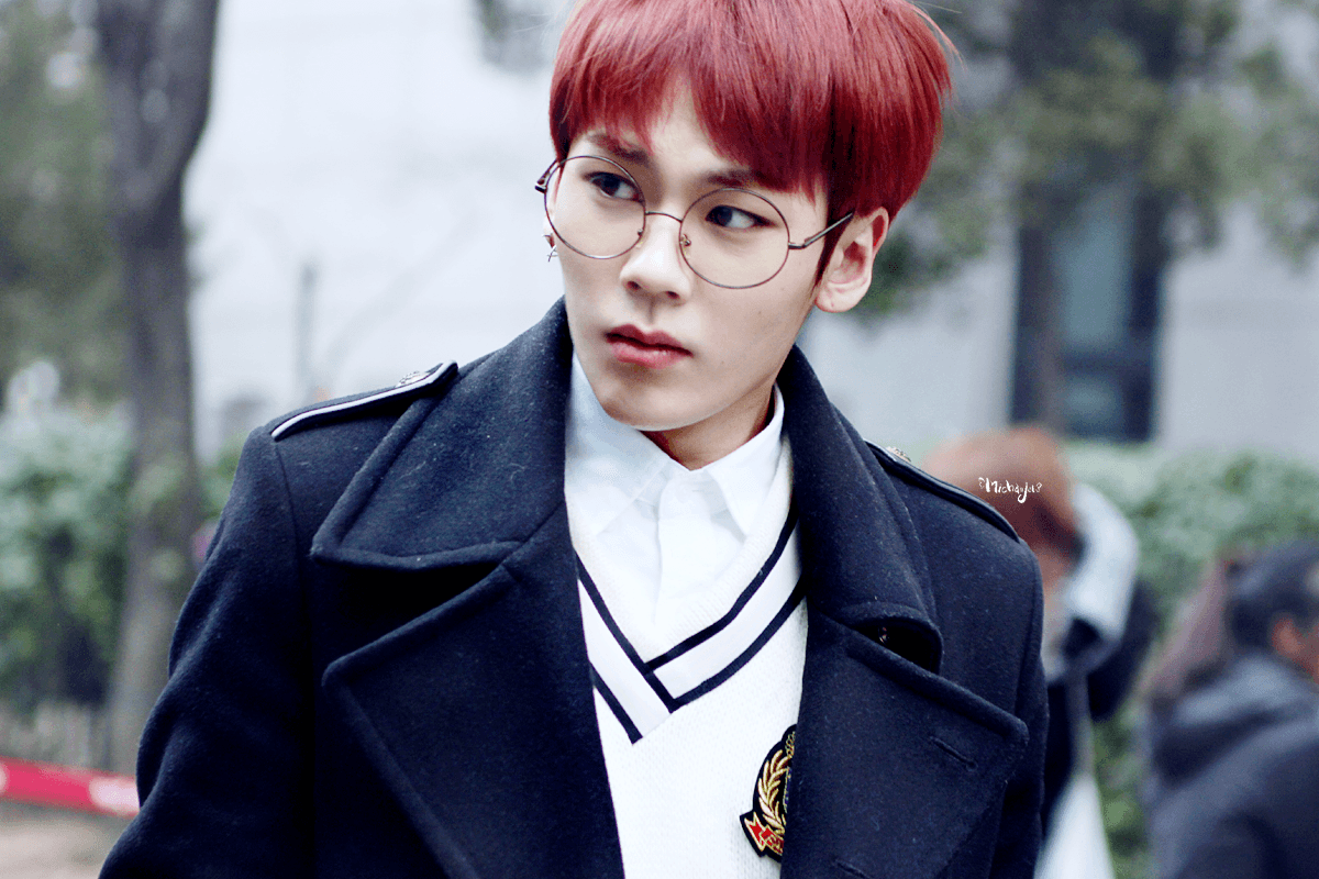 BtoB's Ilhoon somehow makes glasses look edgy.