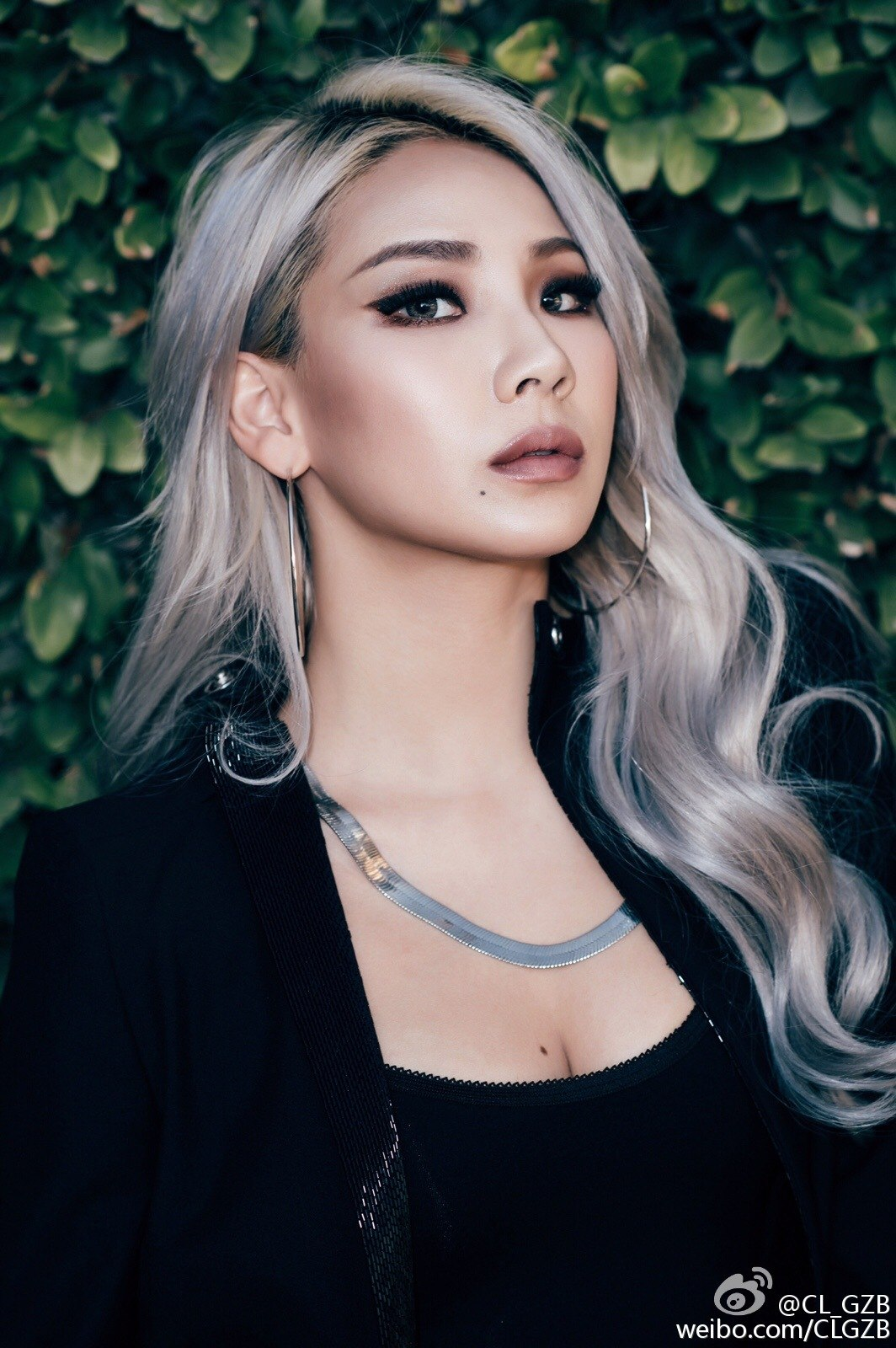 The baddest female is sharp, clean, and classy with her slight faded brow.