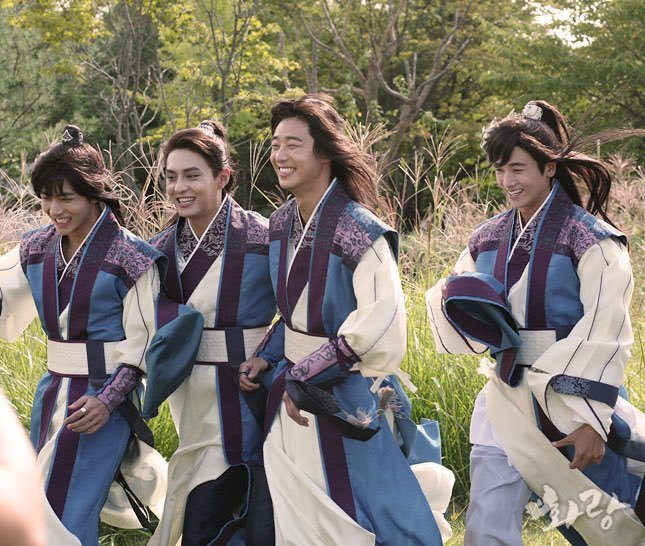 Hwarang behind the scenes