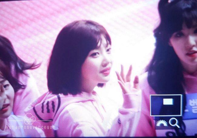 Red Velvet Joy Shocks Fans With Her New Short Hair Style