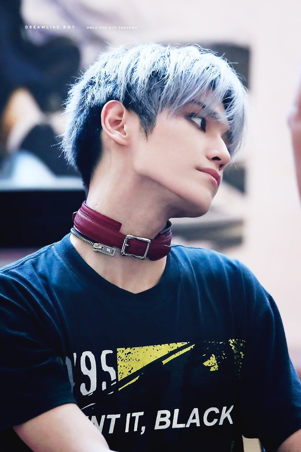 10 Photos Show Nct 127 Taeyongs Incredible Jawline Koreaboo